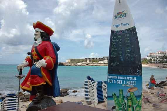 Karibik-Insel St-Maarten, Flughafen-Phillipsburg ( Urlaub, Reisen, Lastminute-Reisen, Pauschalreisen )