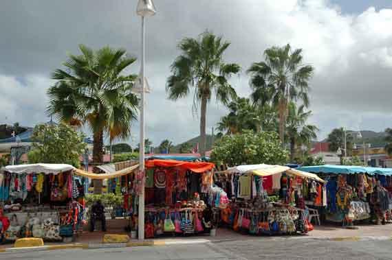 Karibik-Insel St Maarten, Philipsburg - Markt (Kleine Antillen) ( Urlaub, Reisen, Lastminute-Reisen, Pauschalreisen )