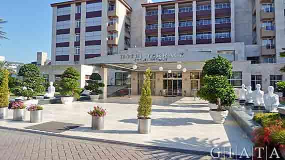 Terrace beach resort side kumk y t rkische riviera for What is a hotel terrace