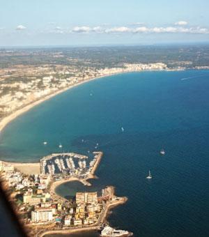 Blick von Palma bis S'Arenal, Mallorca, Spanien (Reisen, Urlaub, Lastminute)