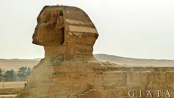 Ägypten - Die Sphinx am Aufweg zu den Pyramiden von Gizeh ( Urlaub, Reisen, Lastminute-Reisen, Pauschalreisen )