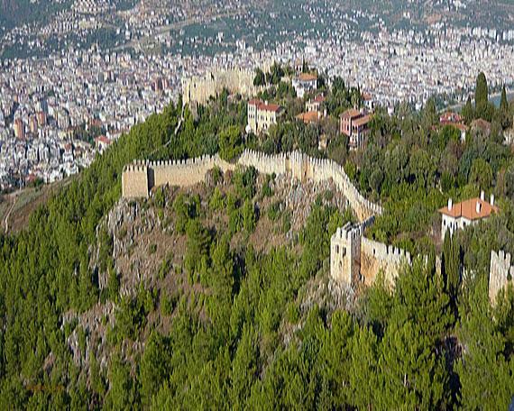 Seldschukische Burg in Alanya, Türkische Riviera, Türkei (Reisen, Urlaub, Lastminute)