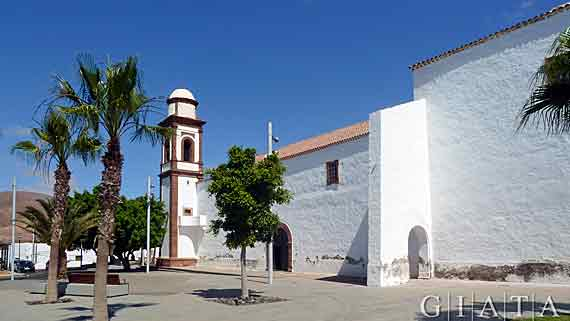 Kirche Iglesia Nuestra Señora de la Antigua, Fuerteventura, Kanaren ( Urlaub, Reisen, Lastminute-Reisen, Pauschalreisen )
