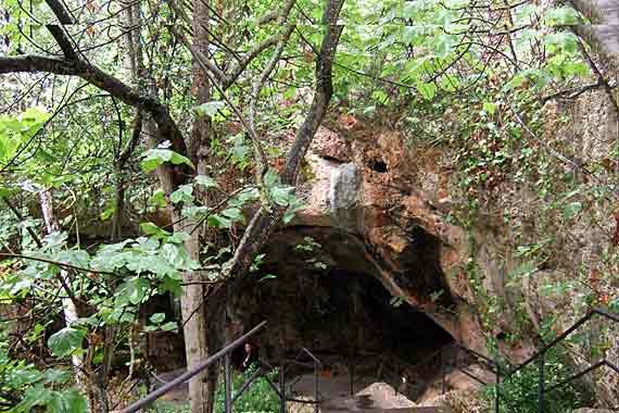 Eingang Cuevas Höhlen (Drachenhöhlen) bei Porto Cristo, Mallorca, Spanien
