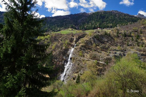 Partschinser Wasserfall in Partschins bei Meran, Suedtirol, Italien