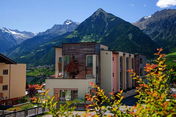 Hotel Hilburger in Schenna bei Meran, Suedtirol, Italien