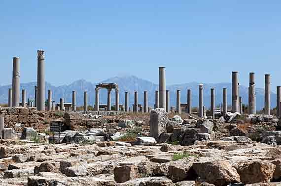 Antike Stadt Perge bei Antalya, Türkische Riviera, Türkei ( Urlaub, Reisen, Lastminute-Reisen, Pauschalreisen )
