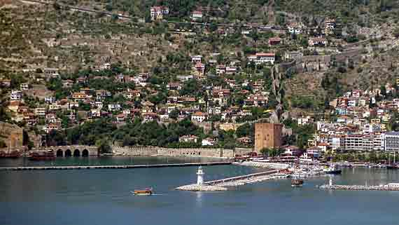 Roter Turm in Alanya, Türkische Riviera, Türkei ( Urlaub, Reisen, Lastminute-Reisen, Pauschalreisen )