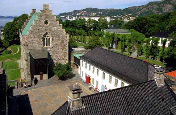 Schloss in Bergen, Norwegen ( Urlaub, Reisen, Lastminute-Reisen, Pauschalreisen )