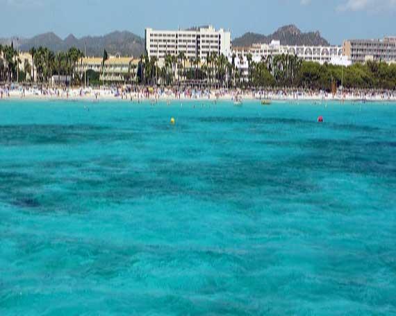Strand Sa Coma, Mallorca, Balearen (Urlaub, Reisen, Last-Minute-Reisen, Pauschalreisen)