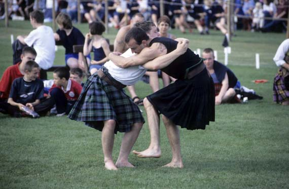 Schottland - Ringkampf Highland-Games ( Urlaub, Reisen, Lastminute-Reisen, Pauschalreisen )