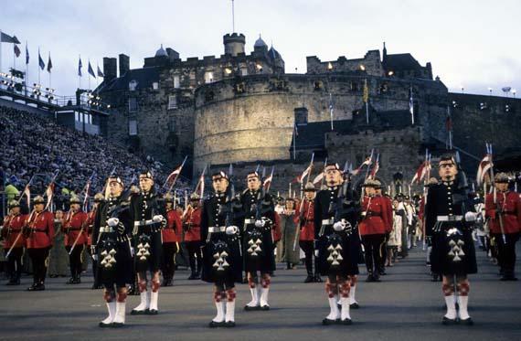 Schottland - Edinburgh Military Tattoo ( Urlaub, Reisen, Lastminute-Reisen, Pauschalreisen )