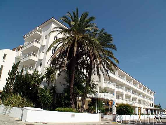 Hotel grupotel alcudia suite playa de muro alcudia for Design hotel mallorca last minute