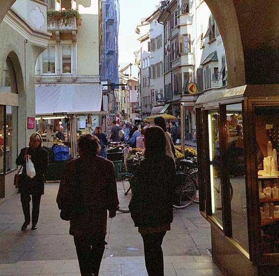 Altstadt Bozen - Trentino-Südtirol, Italien ( Urlaub, Reisen, Lastminute-Reisen, Pauschalreisen )