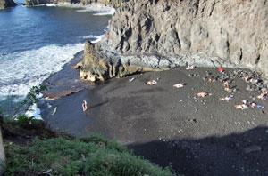 Kanaren, La Palma - Badestrand mit Vulkanboden ( Urlaub, Reisen, Lastminute-Reisen, Pauschalreisen )