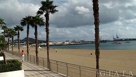 Gran Canaria, Las Palmas - Strandpromenade ( Urlaub, Reisen, Lastminute-Reisen, Pauschalreisen )