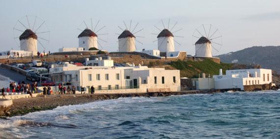 Windmühlen auf der griechischen Insel Mykonos, Kykladen Inseln ( Urlaub, Reisen, Lastminute-Reisen, Pauschalreisen )