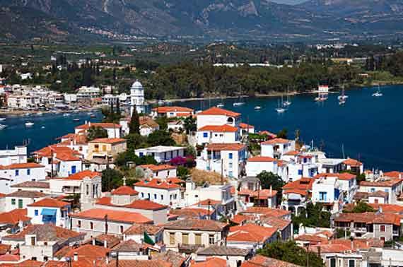 Griechische Insel Poros (Saronische-Inseln) - Blick auf Poros und Galatos ( Urlaub, Reisen, Lastminute-Reisen, Pauschalreisen )