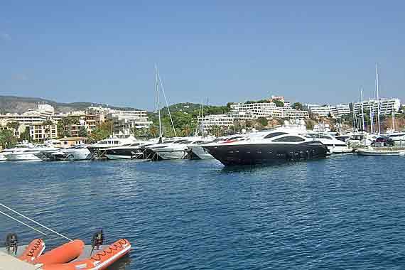 Mallorca - Hafen von Port de Portals ( Urlaub, Reisen, Lastminute-Reisen, Pauschalreisen )
