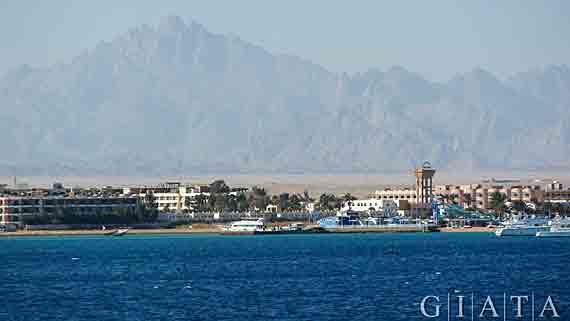 Bei Hurghada - Rotes Meer, Ägypten ( Urlaub, Reisen, Pauschalreisen, Last Minute Reisen )