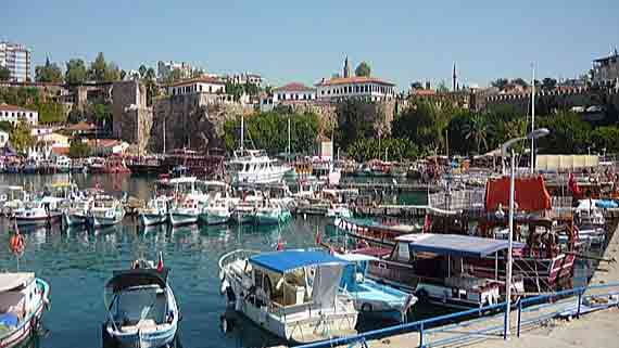 Alter Hafen von Antalya, Türkische Riviere, Türkei ( Urlaub, Reisen, Lastminute-Reisen, Pauschalreisen )