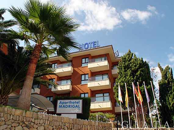 Aparthotel madrigal paguera mallorca for Apparthotel var
