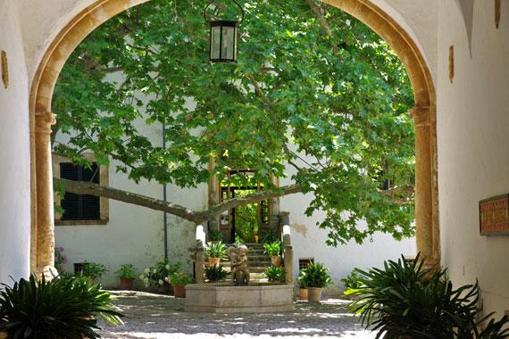 Mallorca, Balearen - Die Gärten von Alfàbia (Jardins d'Alfàbia) ( Urlaub, Reisen, Lastminute-Reisen, Pauschalreisen )